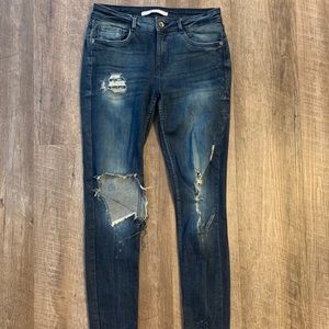 Zara blue ripped jeans with white detail